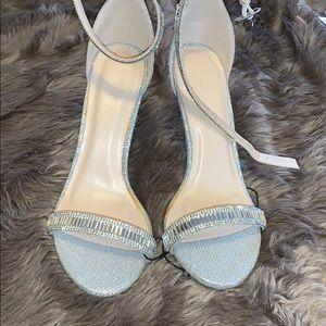 6 1/2 silver heel glittery
